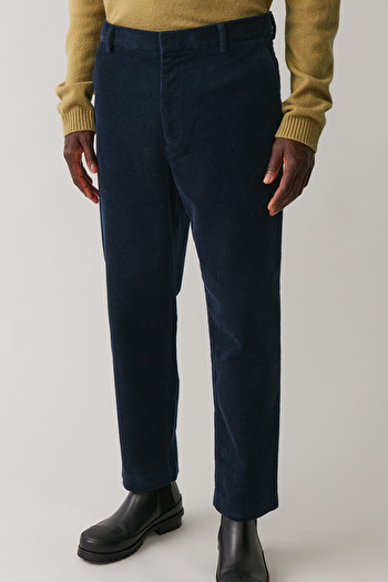 COS CROPPED CORDUROY TROUSERS,navy