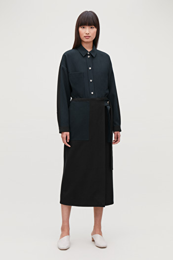 코스 스커트 COS BELTED PATCH POCKET SKIRT,Black \/ navy