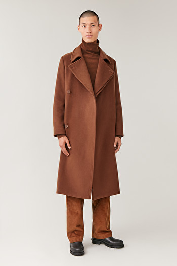 COS LONG DOUBLE-BREASTED COAT,Tobacco