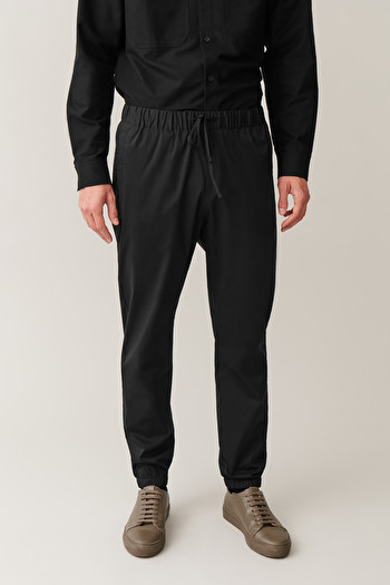 COS RELAXED ELASTICATED TROUSERS,Black