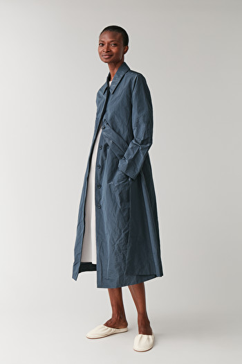 COS CRINKLED TECHNICAL TRENCH COAT,steel blue
