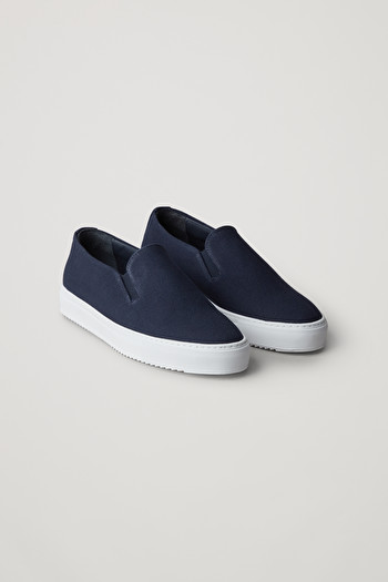 COS CANVAS SLIP-ON SNEAKERS,Navy \/ white