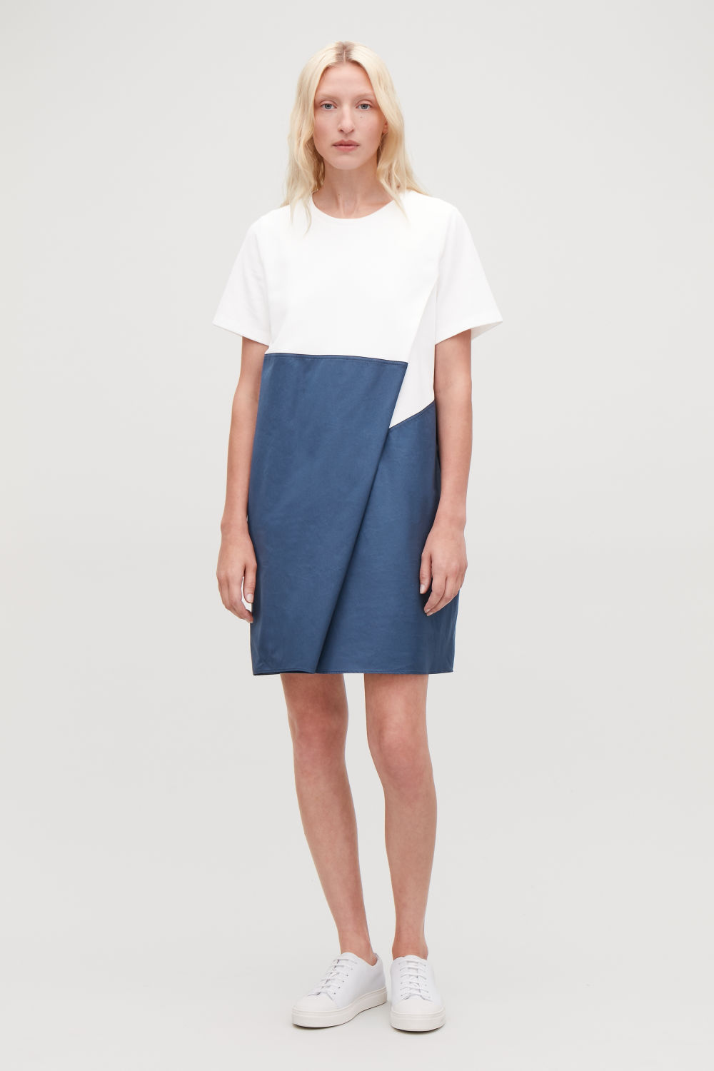 COS DRESS WITH OVERLAP FRONT,Navy \/ white