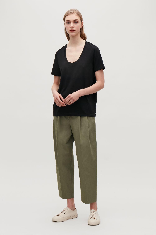 코스 반팔 티셔츠 블랙 코스 COS COTTON T-SHIRT