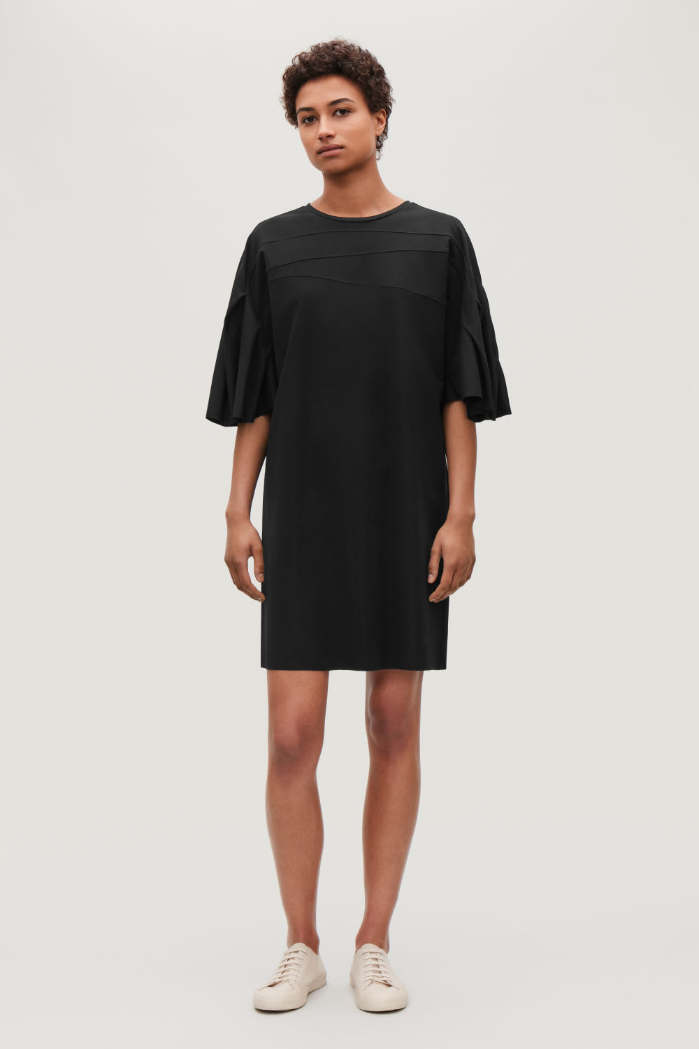 COS PLEATED DRESS,Black