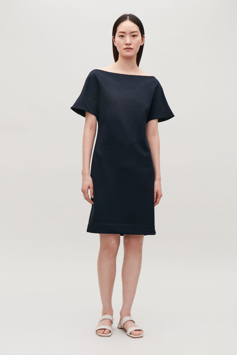 COS JERSEY DRESS WITH SMOCKING,Navy