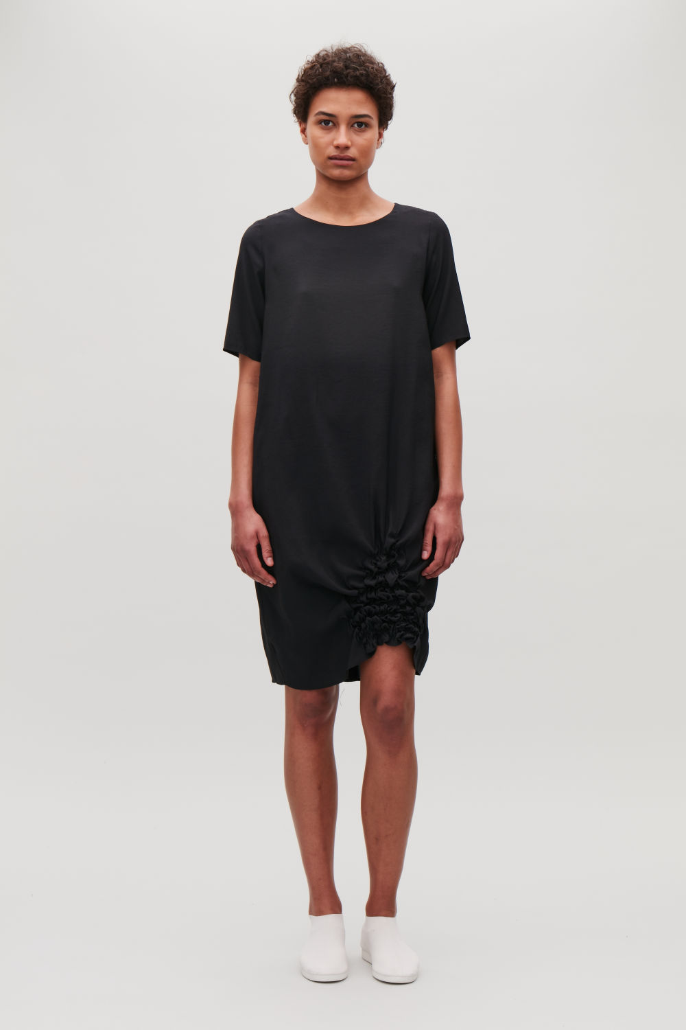 COS DRESS WITH GATHERED DETAIL,Black