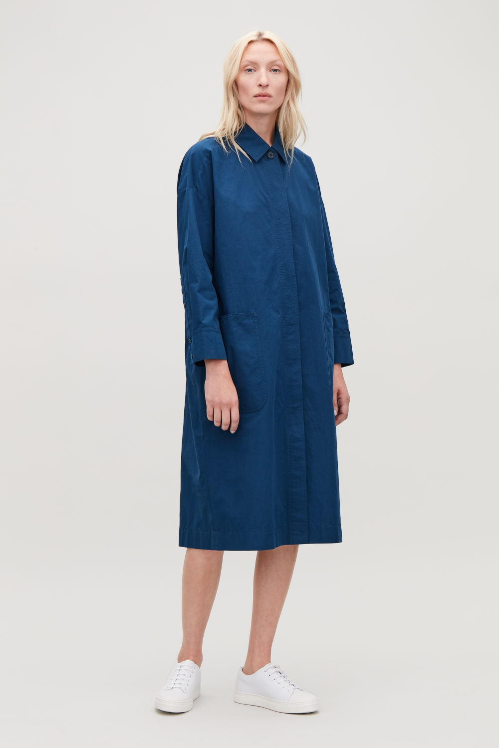 코스 COS LONG JACKET WITH GATHERED BACK,Petrol blue