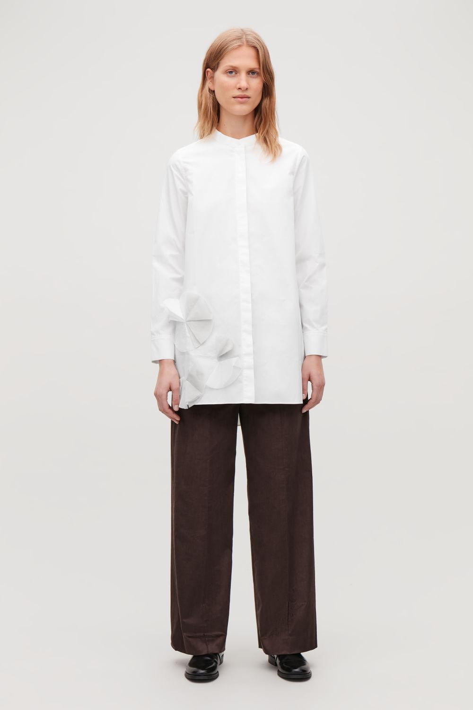 코스 COS APPLIQUE GRANDAD SHIRT,White \/ light grey