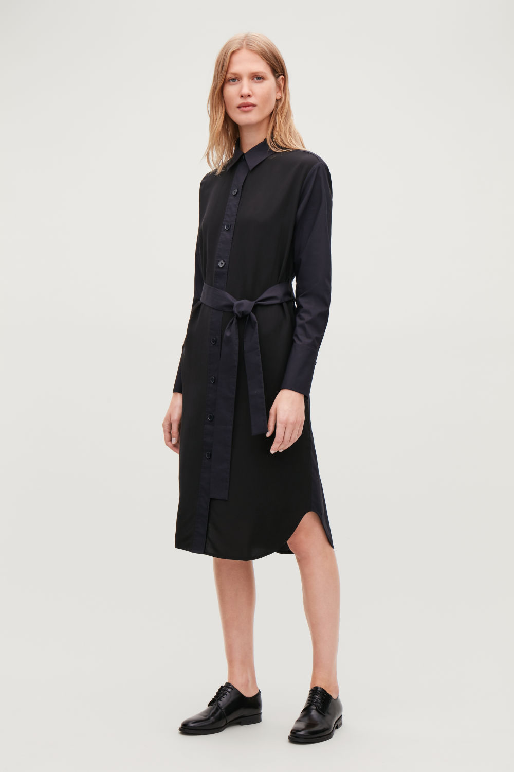 코스 COS SILK-COTTON MIX SHIRT DRESS,Black \/ Midnight blue