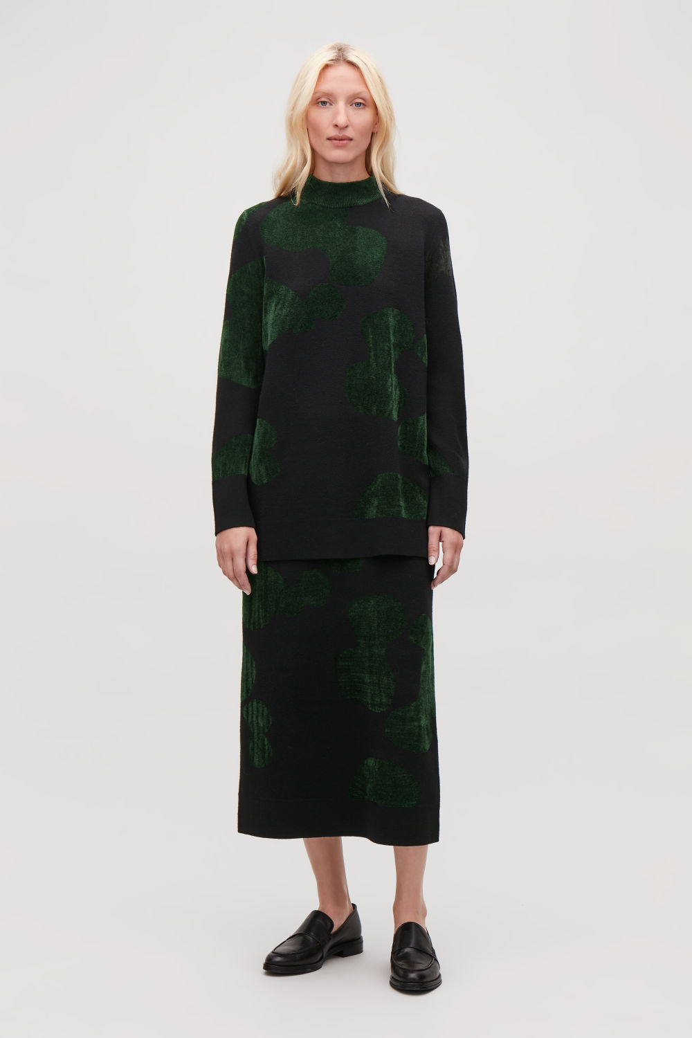 코스 COS CHENILLE-PATTERN TUNIC JUMPER,Black \/ midnight green