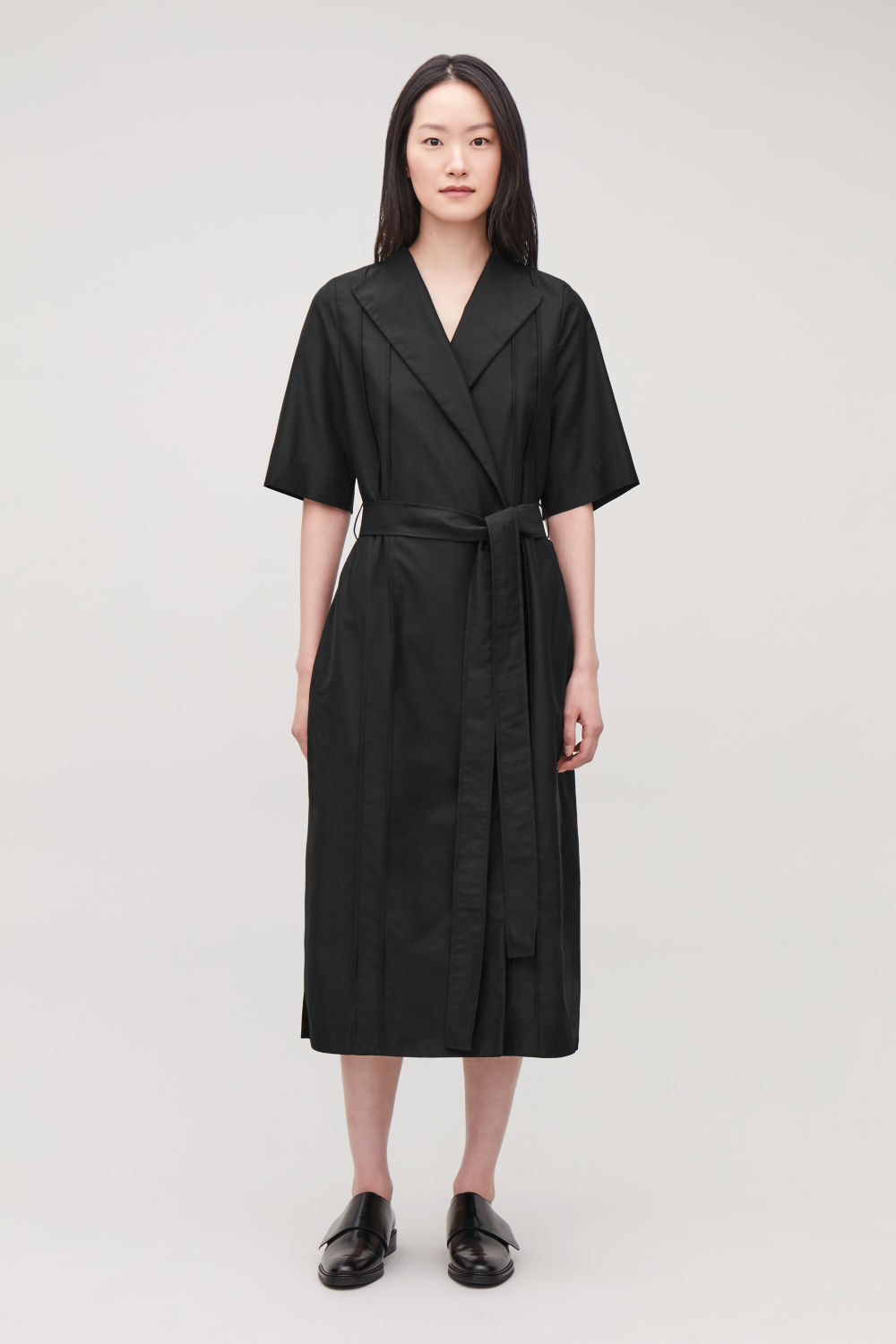 코스 COS MID-LENGTH WRAP-OVER DRESS,Black