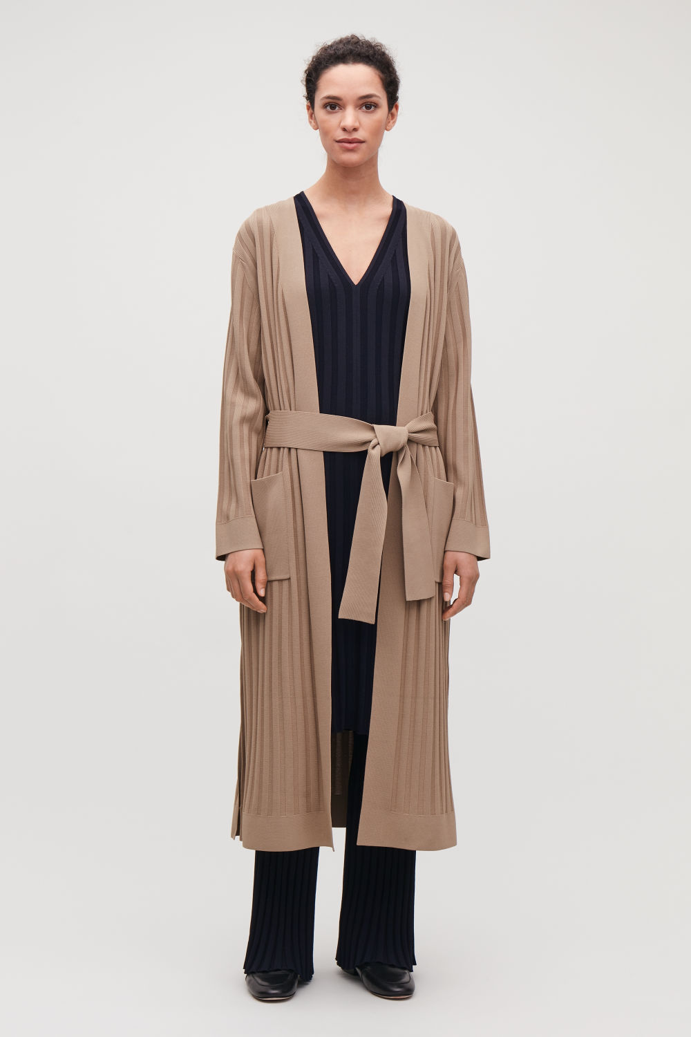 COS LONG RIBBED KNITTED JACKET,Dark beige