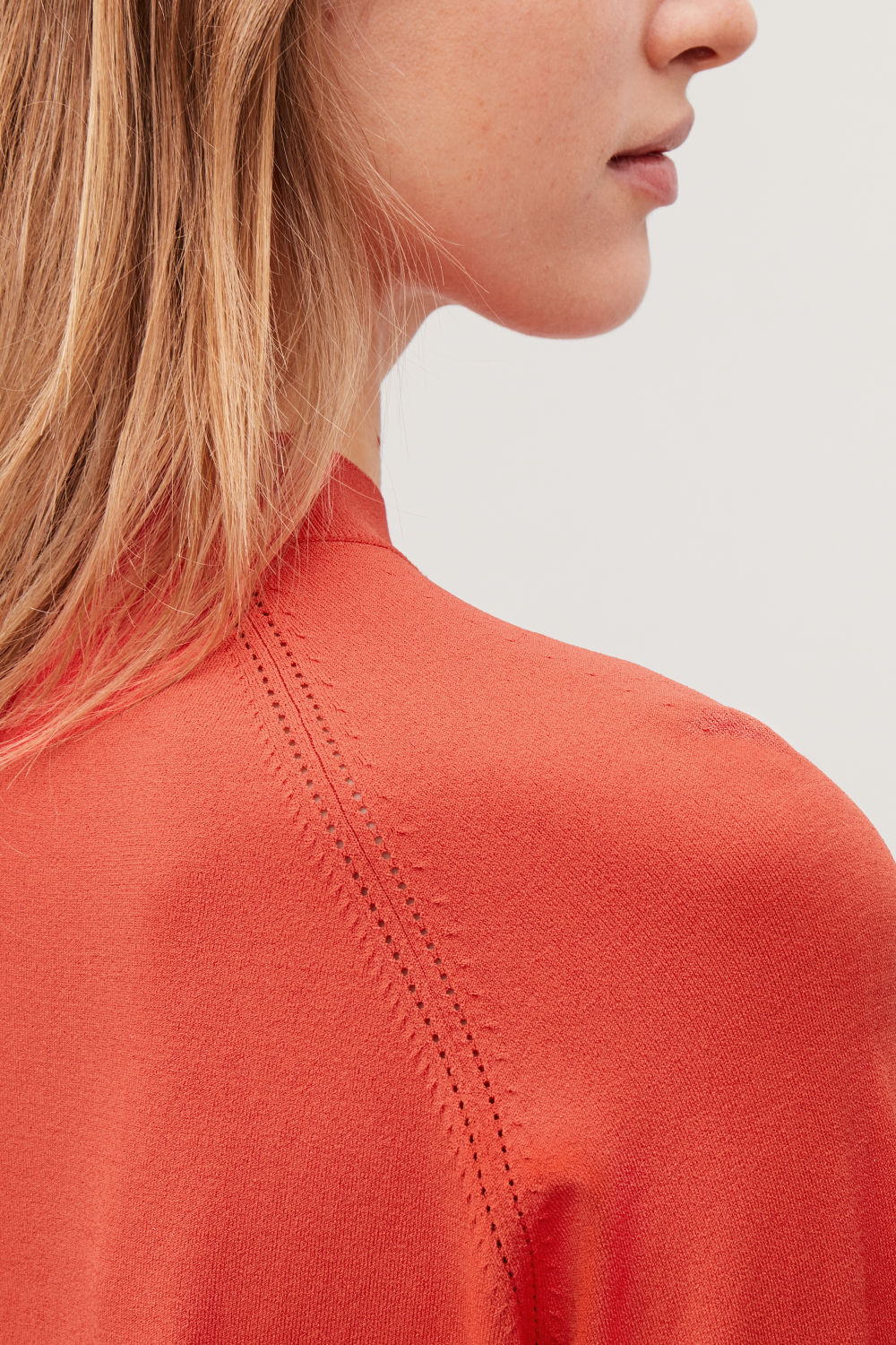 코스 COS POINTELLE-DETAILED KNITTED TOP,Vibrant orange