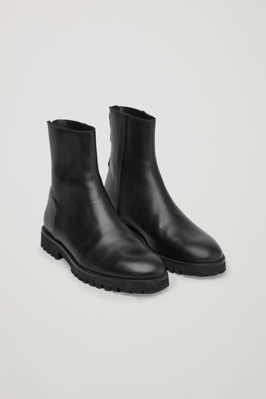 코스 COS CHUNKY-SOLE LEATHER BOOTS,Black
