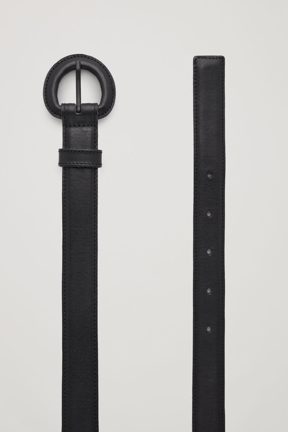 코스 COS COVERED-BUCKLE LEATHER BELT,Black
