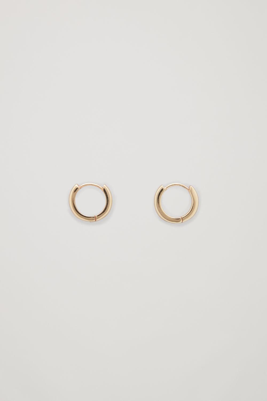 코스 COS GOLD-PLATED MICRO HOOP EARRINGS,Gold