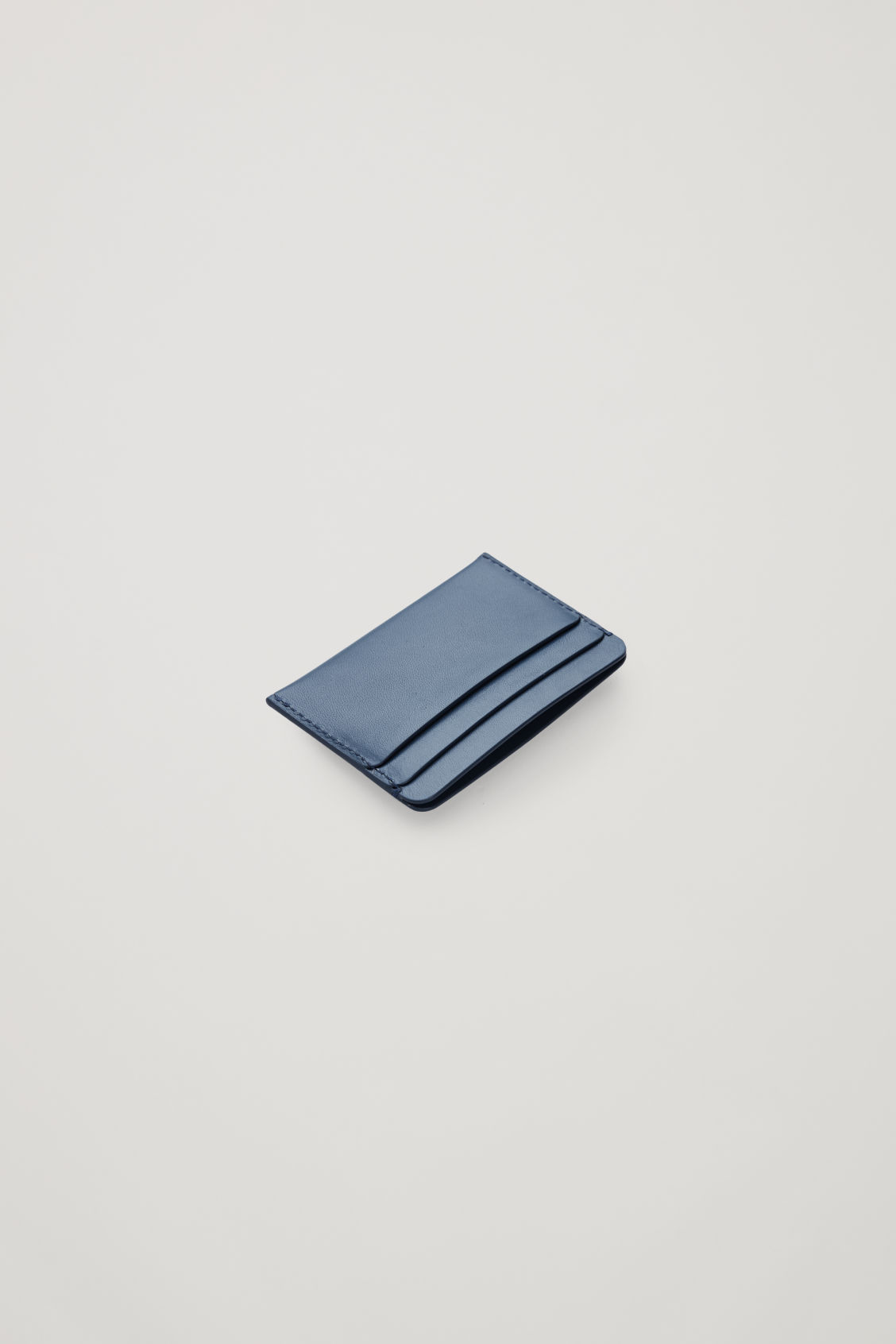 Cos Round-edged Leather Cardholder In Blue