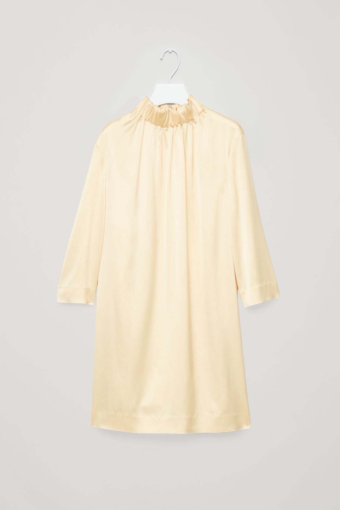 GATHERED-COLLAR DRESS
