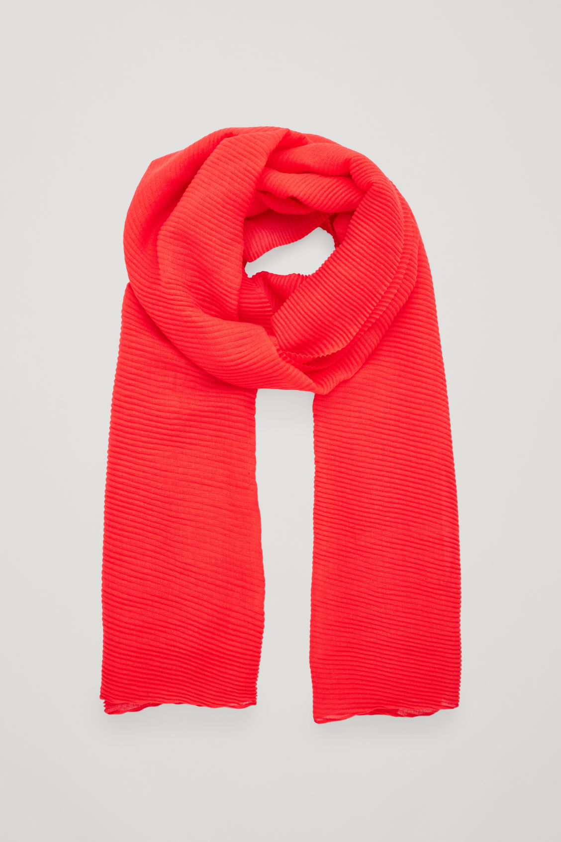 PLEATED WOOL SCARF