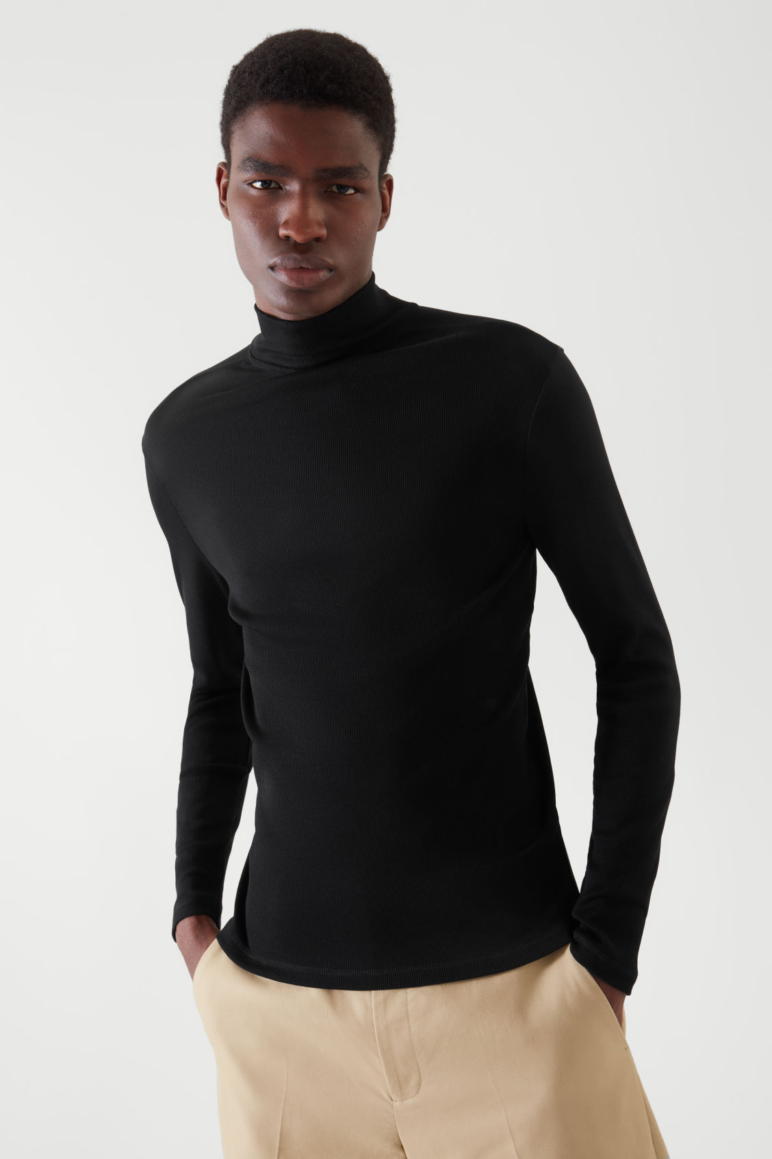 COS ROLL-NECK TOP,BLACK