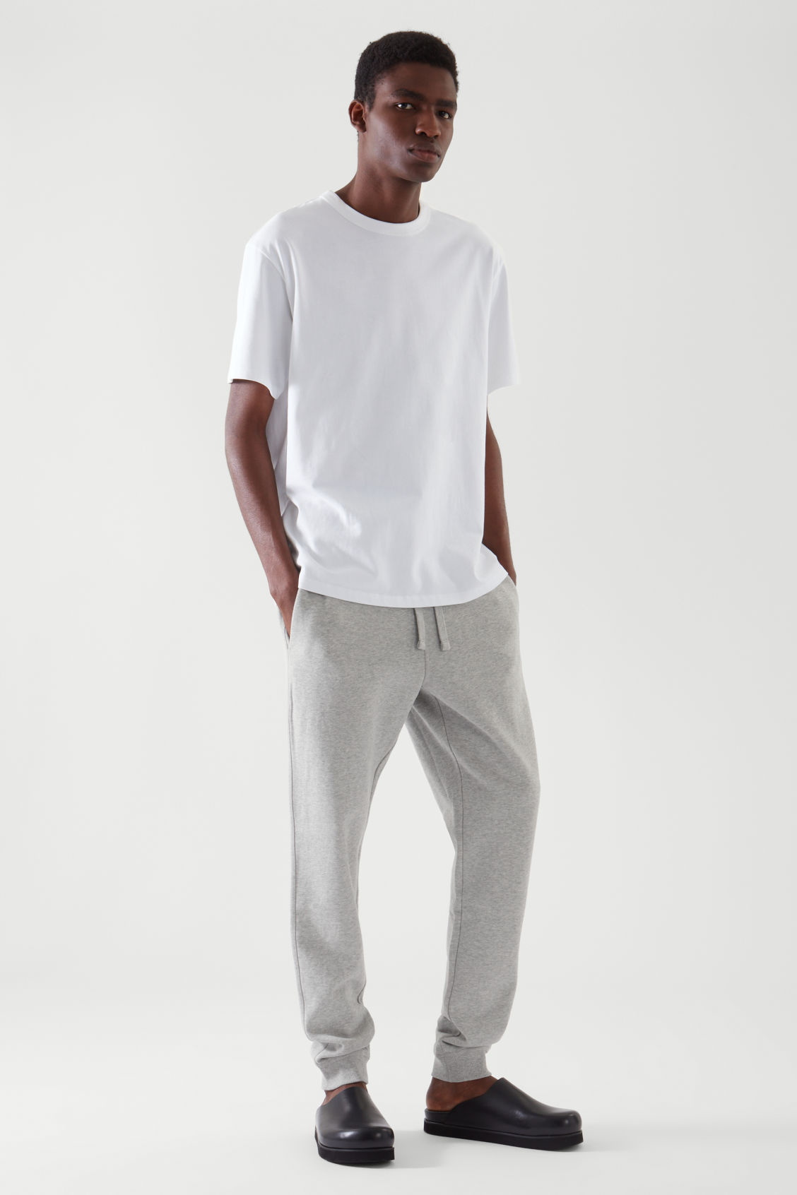COS RELAXED-FIT DRAWSTRING JOGGERS,LIGHT GREY