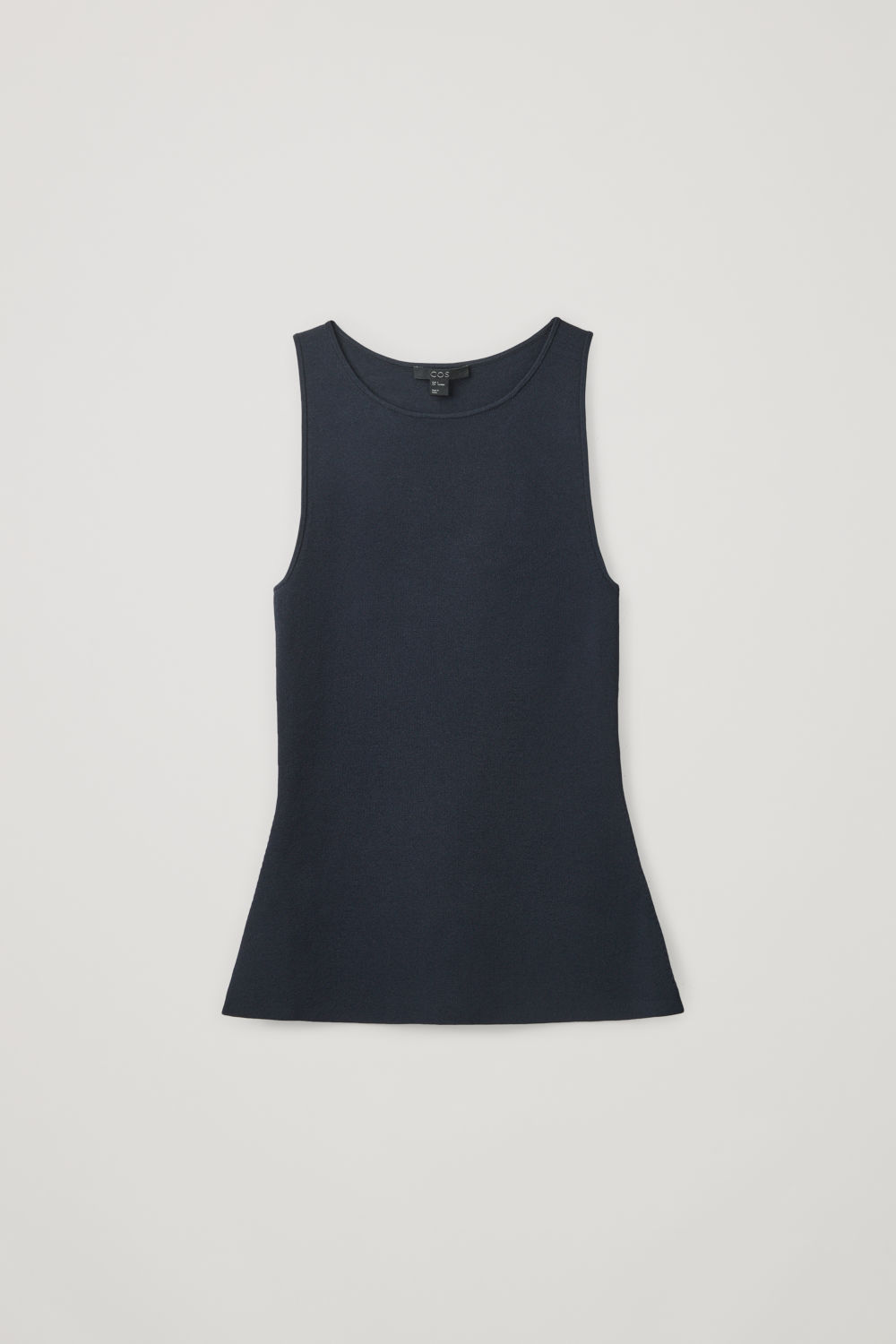 SLIM-FIT KNITTED VEST