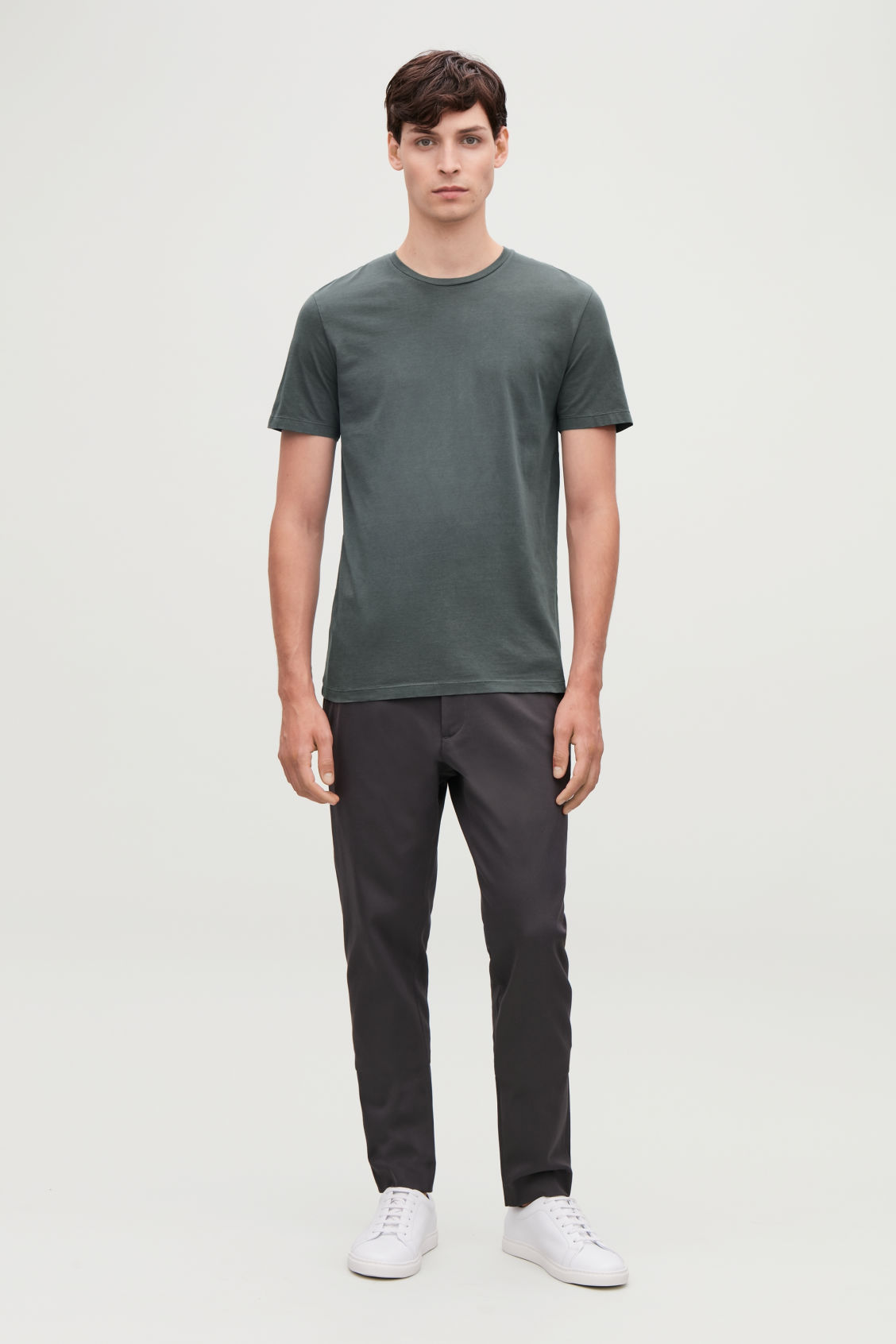 Model front image of Cos round-neck t-shirt in green