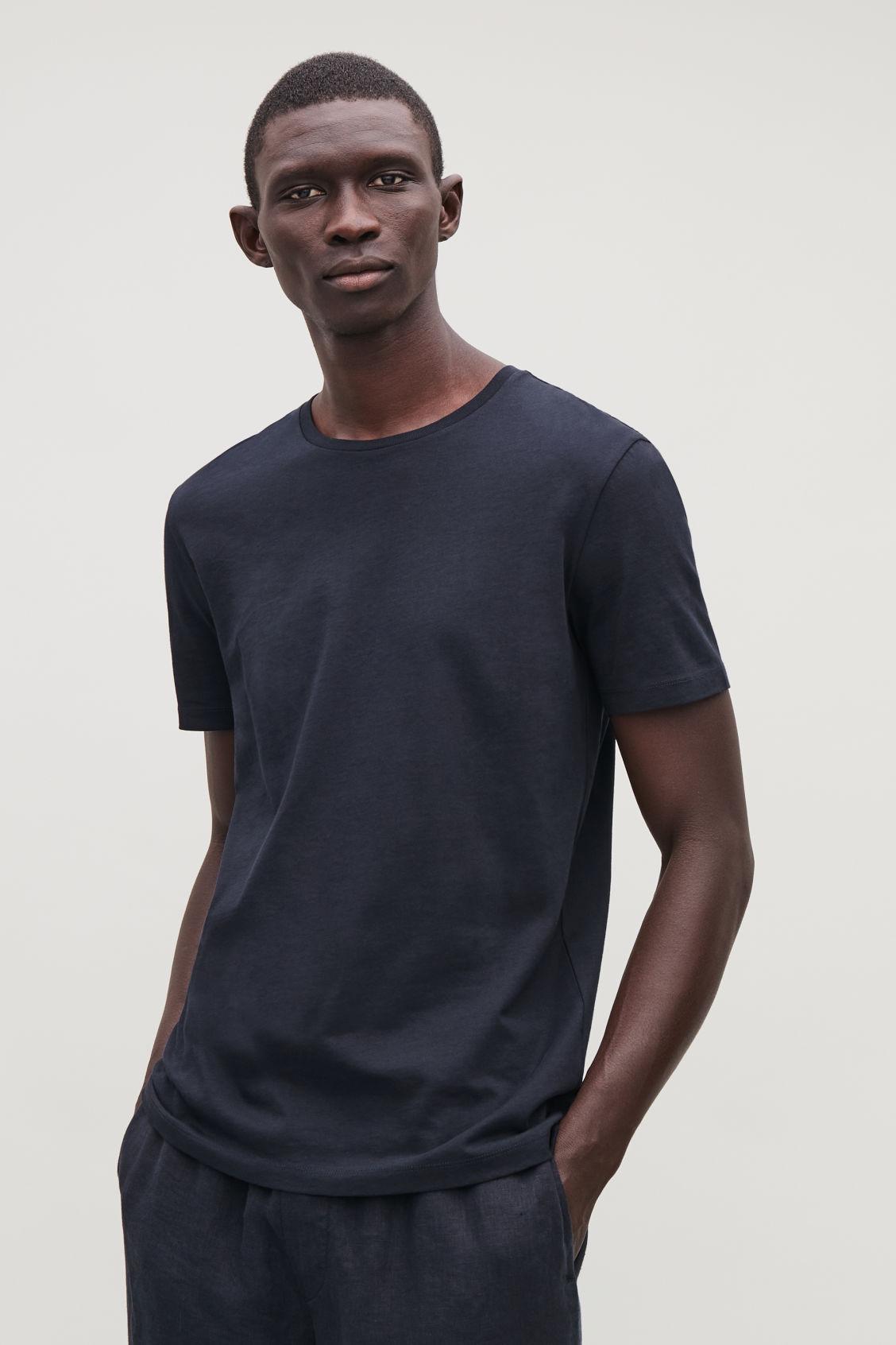 ROUND NECK T SHIRT Navy T shirts COS