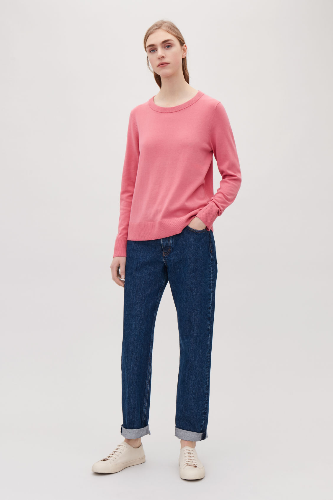 Model front image of Cos cotton-knit jumper in pink