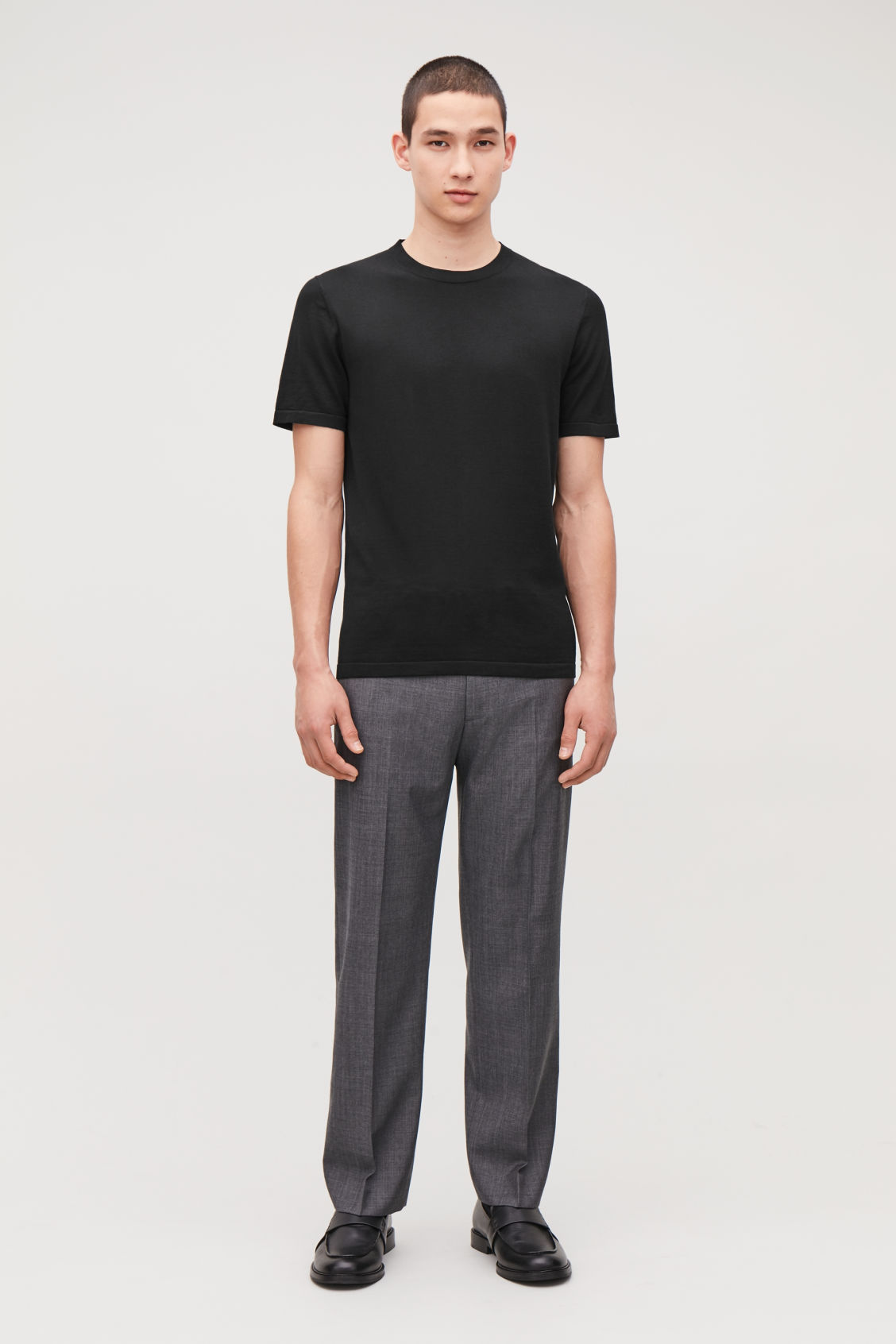 Model front image of Cos knitted silk-cotton t-shirt in black