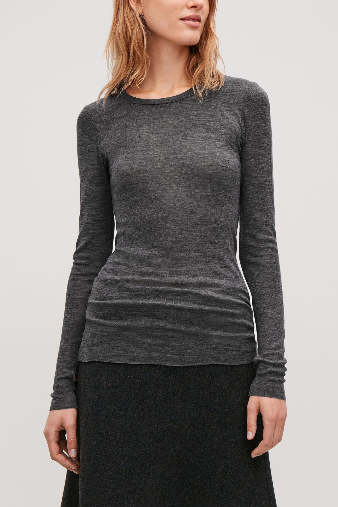 Model side image of Cos sheer wool long-sleeved top in grey
