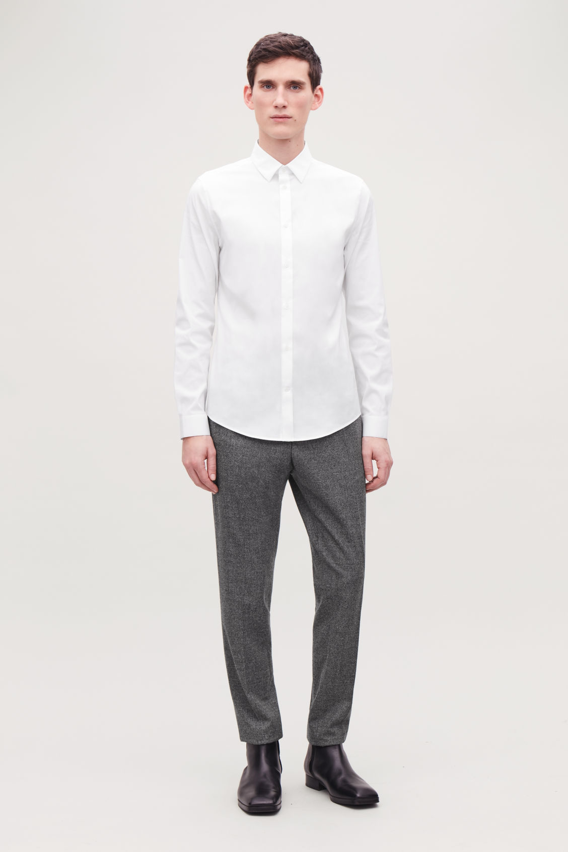 Model front image of Cos slim-fit cotton shirt in white