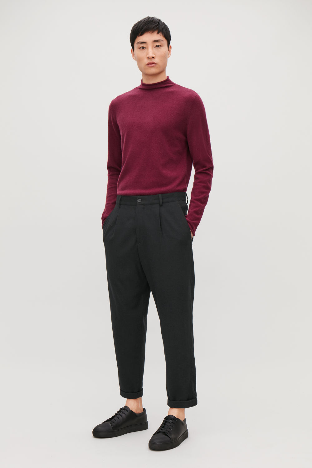 RELAXED CREPE WOOL TROUSERS