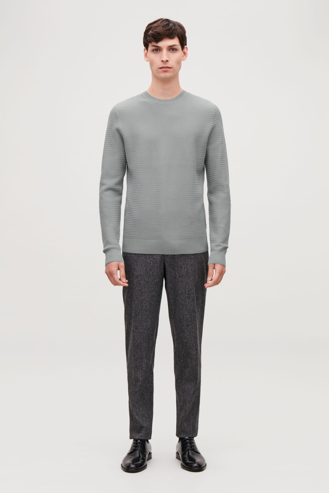 Model front image of Cos structured knit jumper in grey