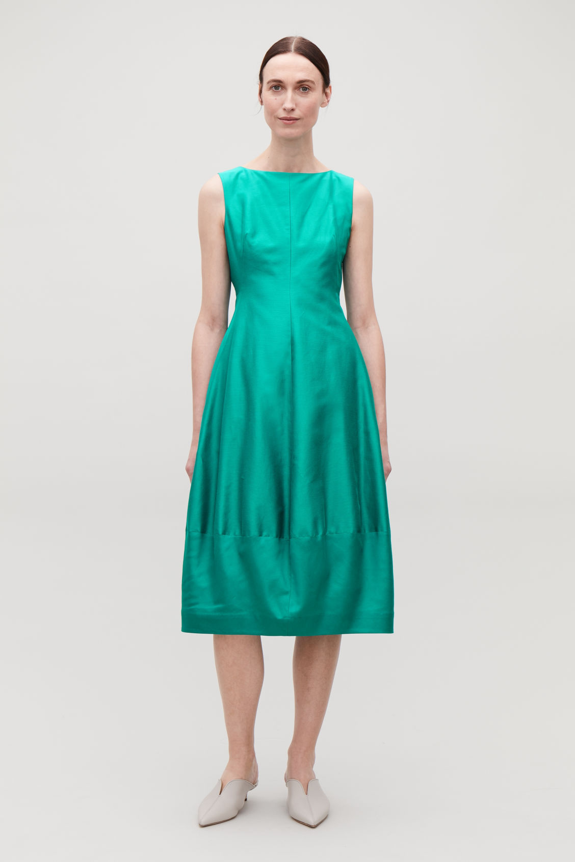 Model front image of Cos cotton-silk cocoon dress in green