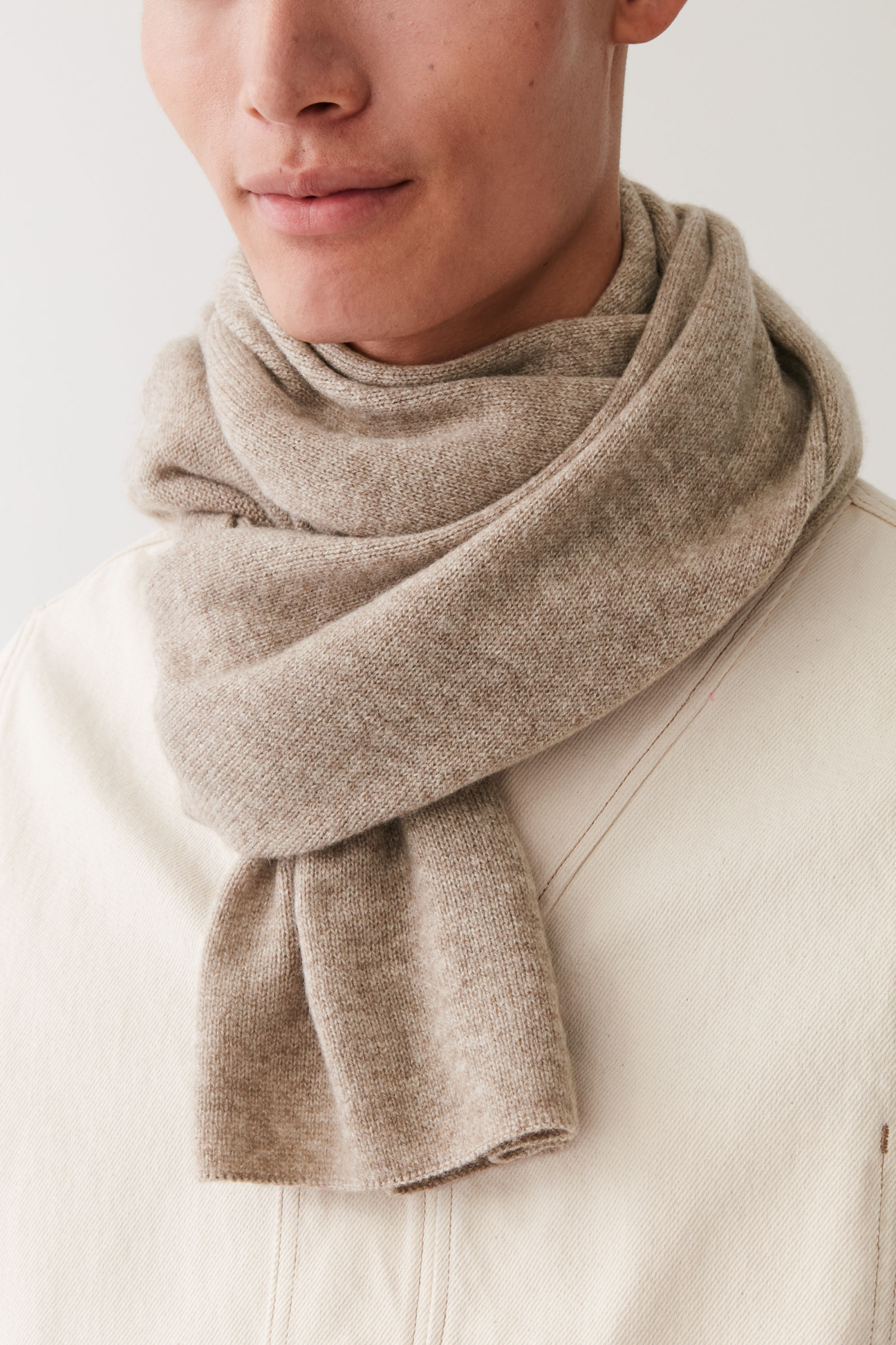 Mens cashmere scarves from COS