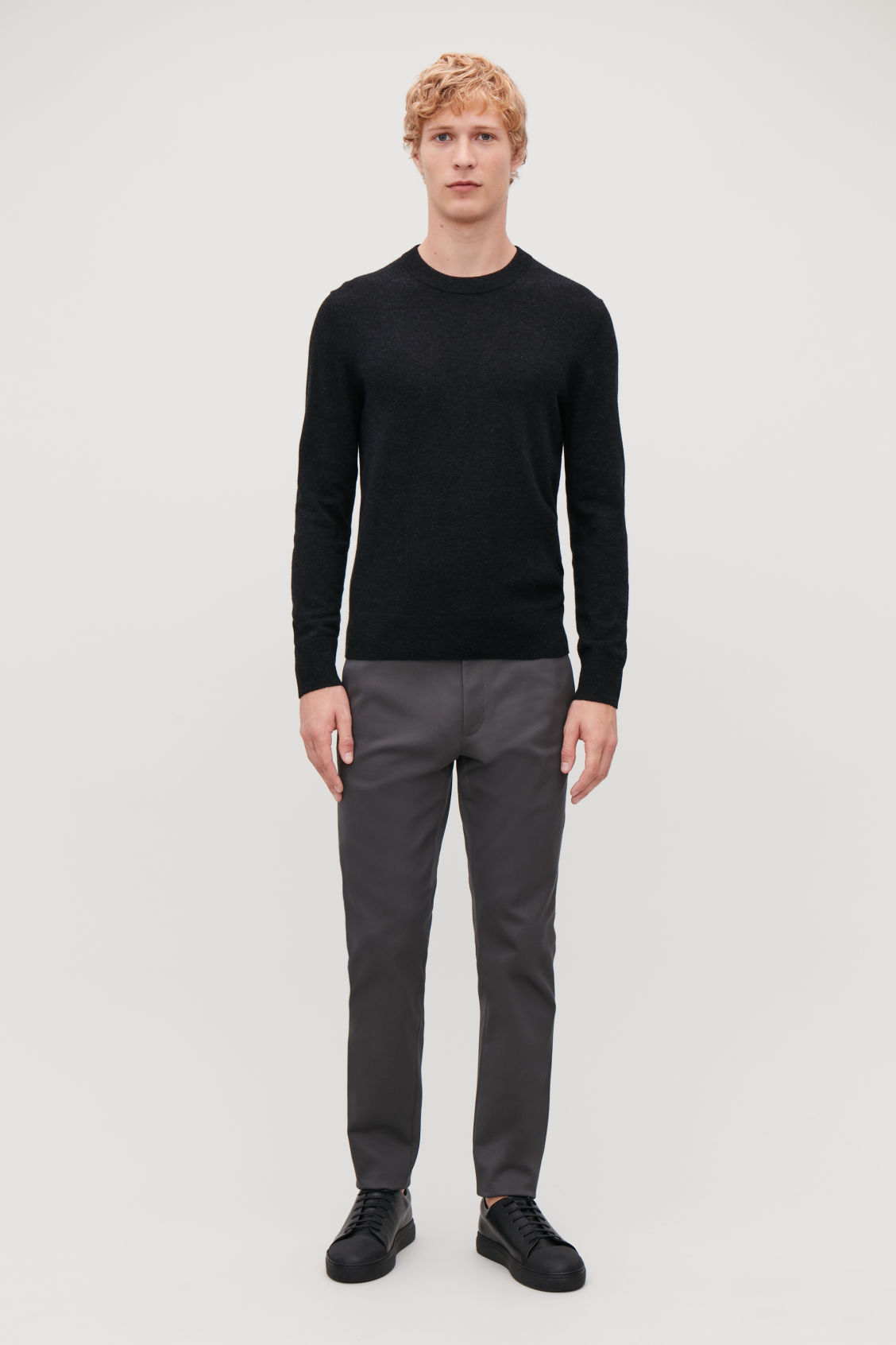 Model front image of Cos wool-yak crew-neck jumper in black