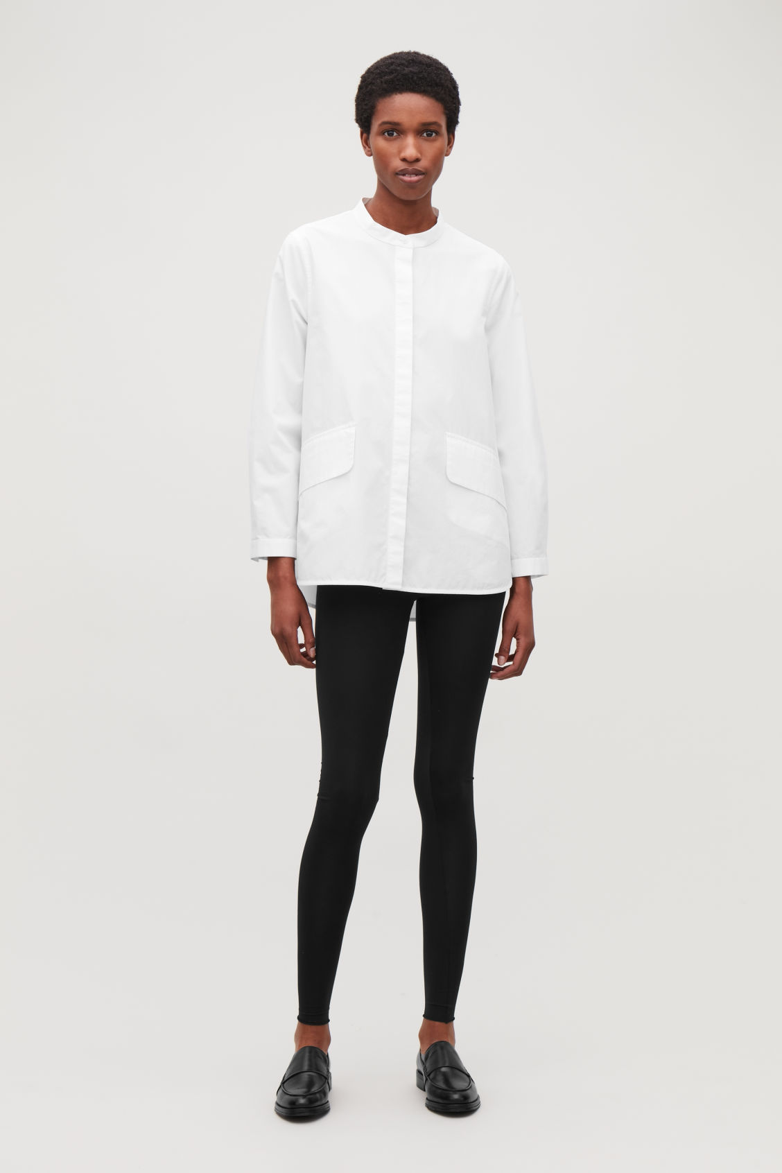 Model front image of Cos elastic-waist leggings  in black