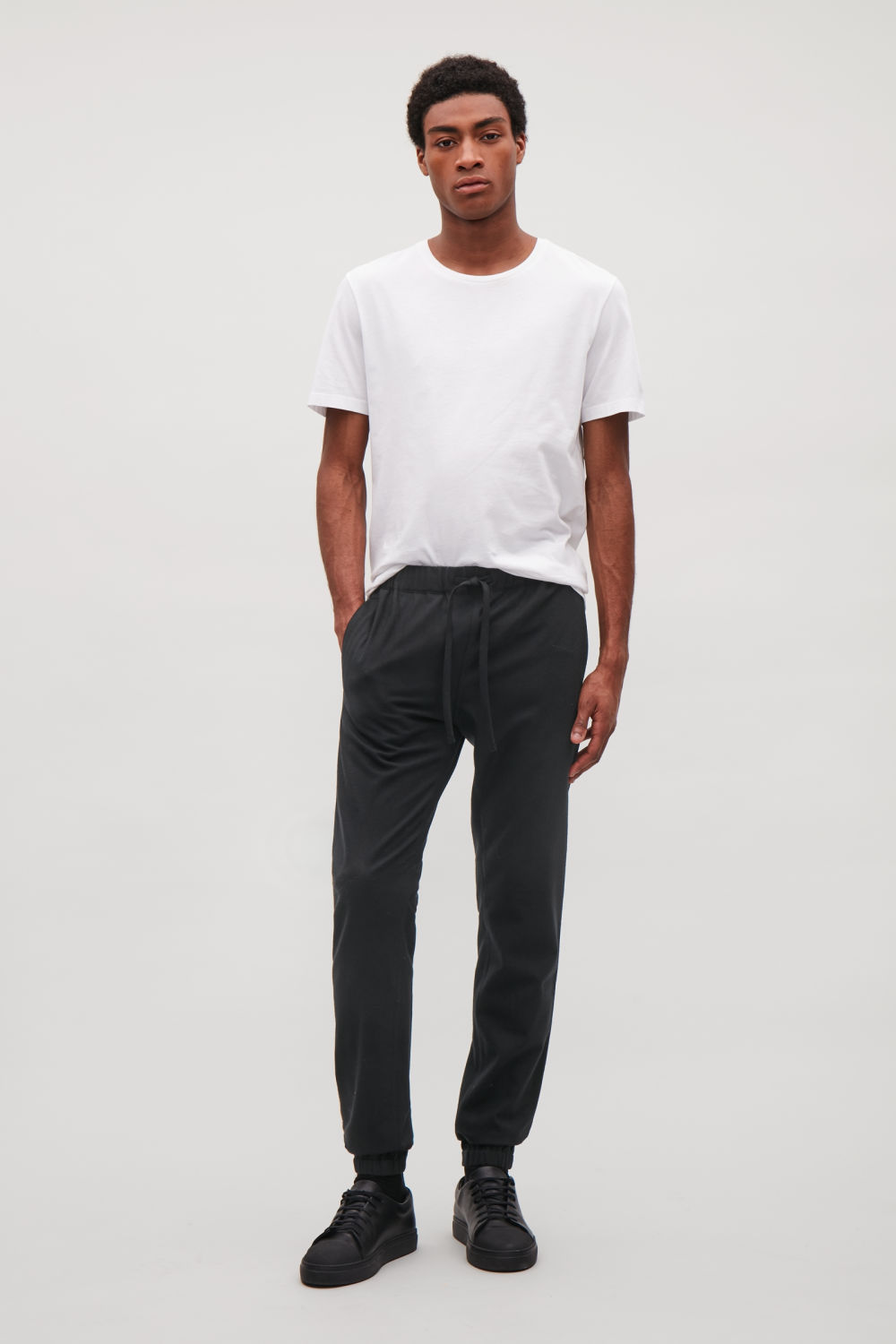 DRAWSTRING WOOL TROUSERS