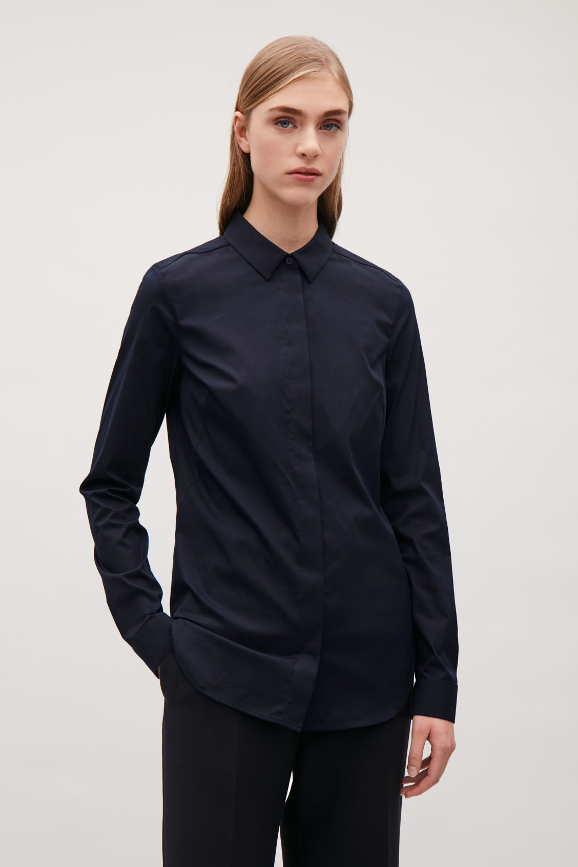 Model side image of Cos slim-fit cotton shirt  in blue