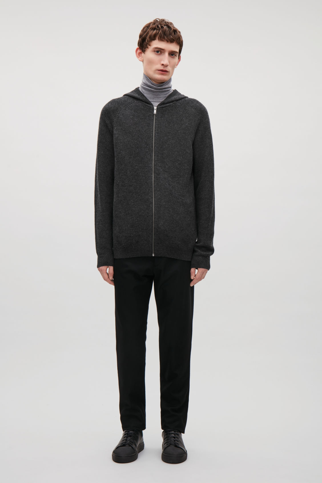 Model front image of Cos relaxed cashmere hoodie  in grey