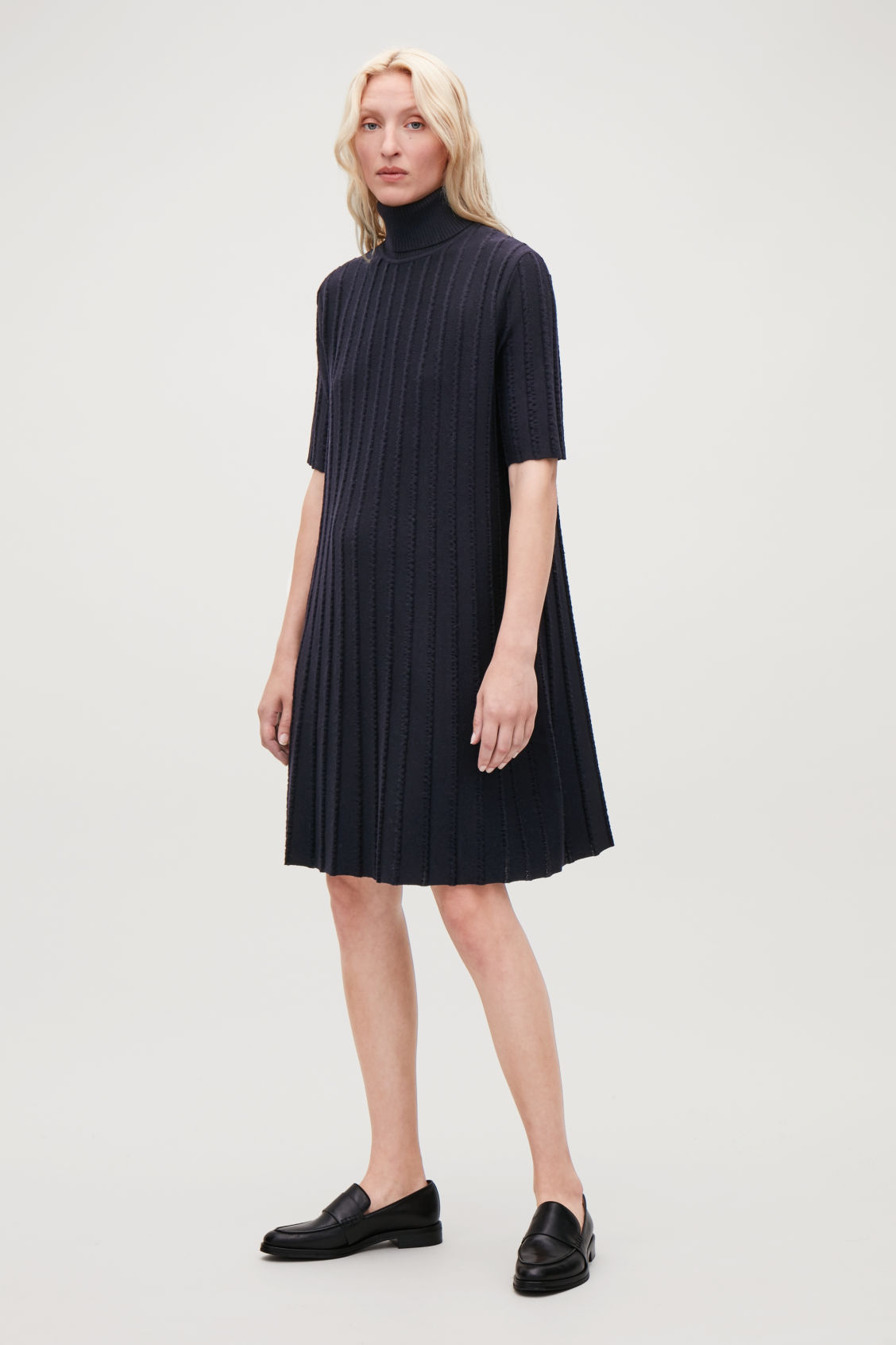 Model front image of Cos scallop pleated knit dress in blue