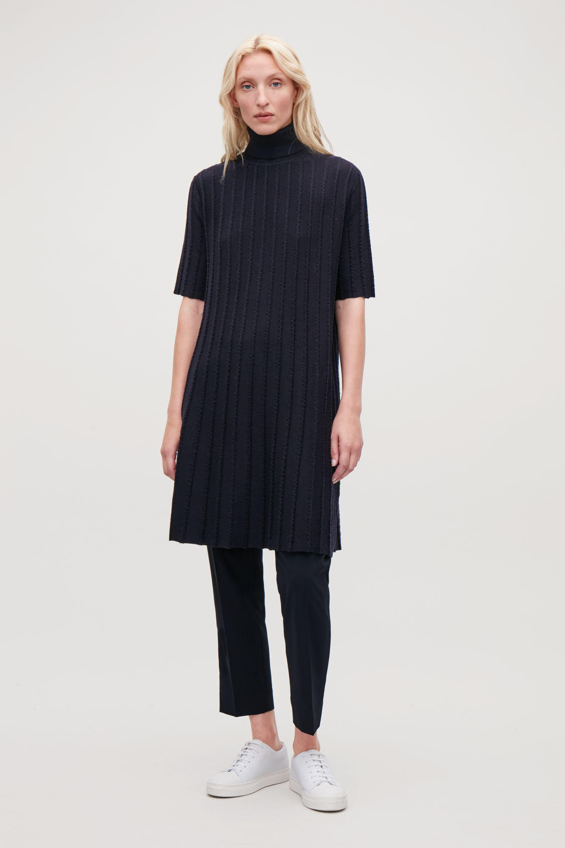 Model side image of Cos scallop pleated knit dress in blue