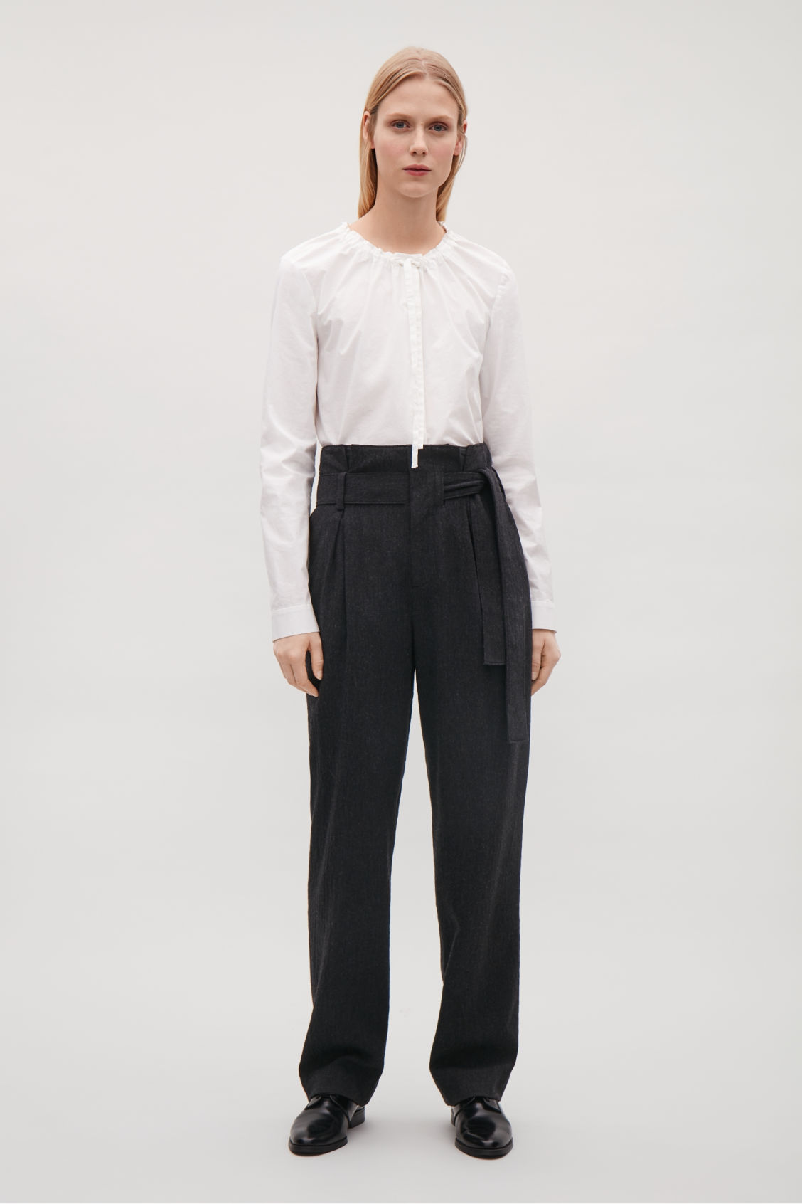Model front image of Cos belted wool trousers  in grey