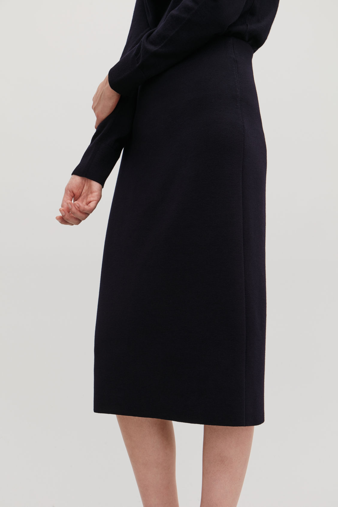 Model side image of Cos wool pencil skirt  in blue