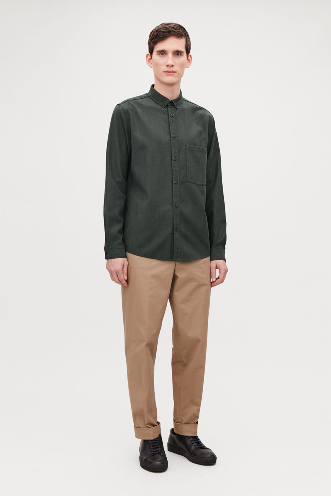 Model front image of Cos cotton button-down shirt  in green