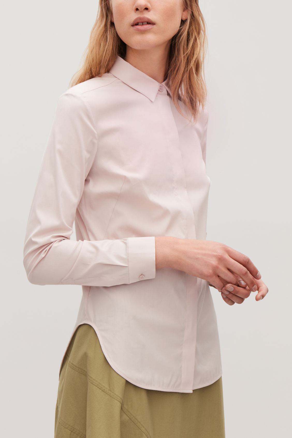 Model side image of Cos slim-fit shirt  in pink