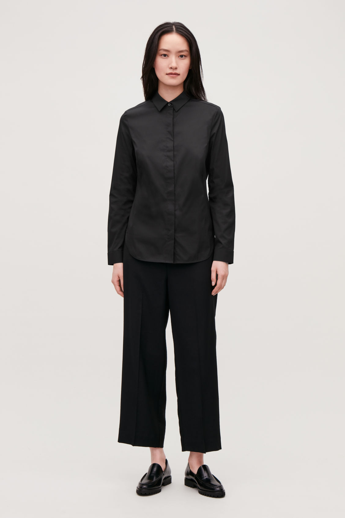 Model front image of Cos slim-fit shirt  in black
