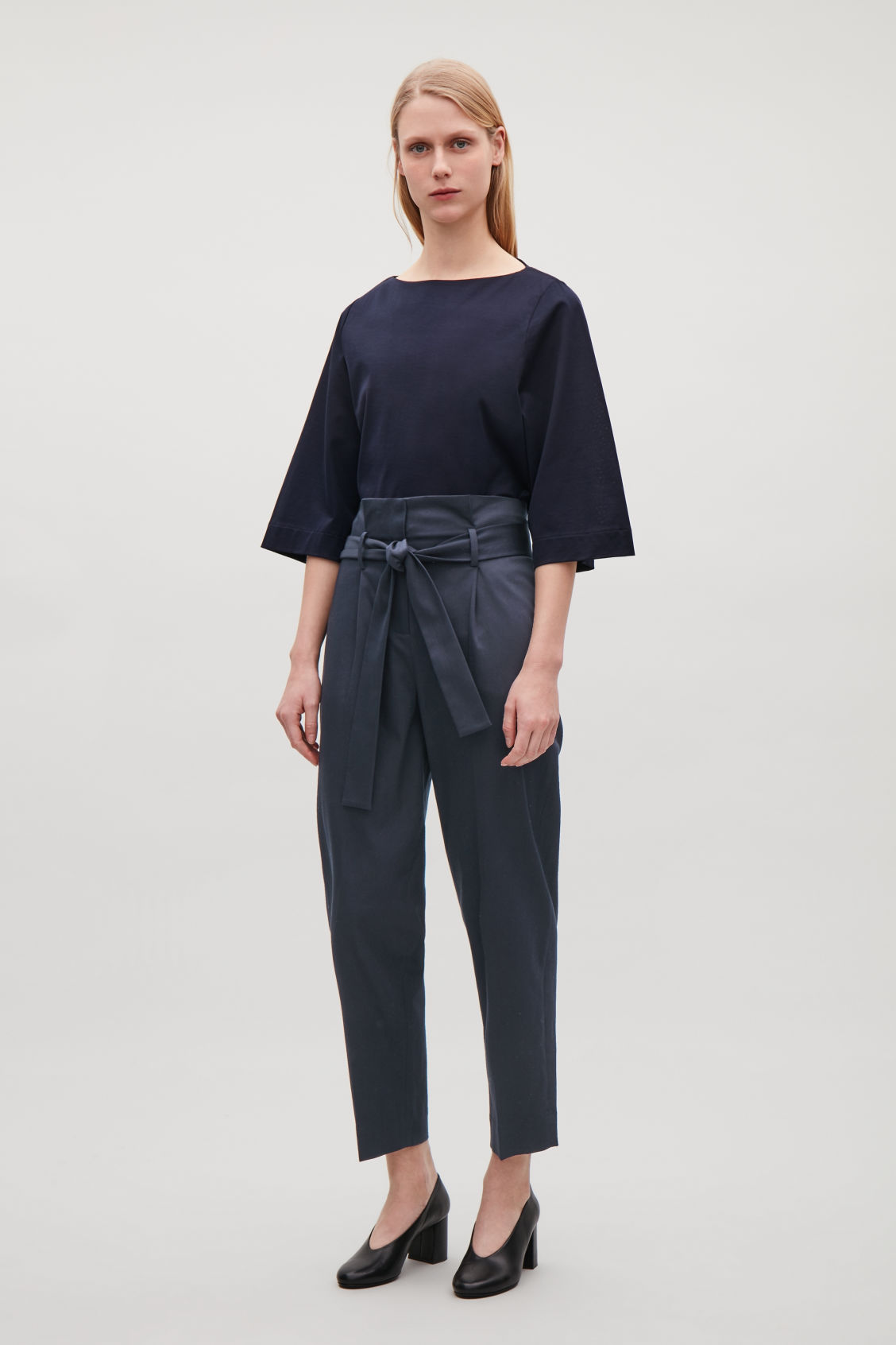 Cos BELTED COTTON TROUSERS